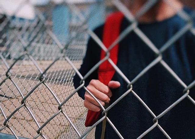 Los maestros y los miles de recursos para combatir el acoso escolar