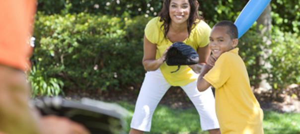 Practicar deportes para mejorar relaciones con los niños