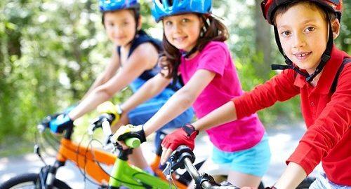 Deportes infantiles para todas las edades-bicicleta